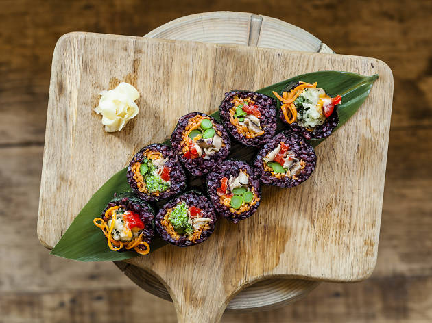 100 best dishes in london, uchi, black rice maki with brocolli tempura