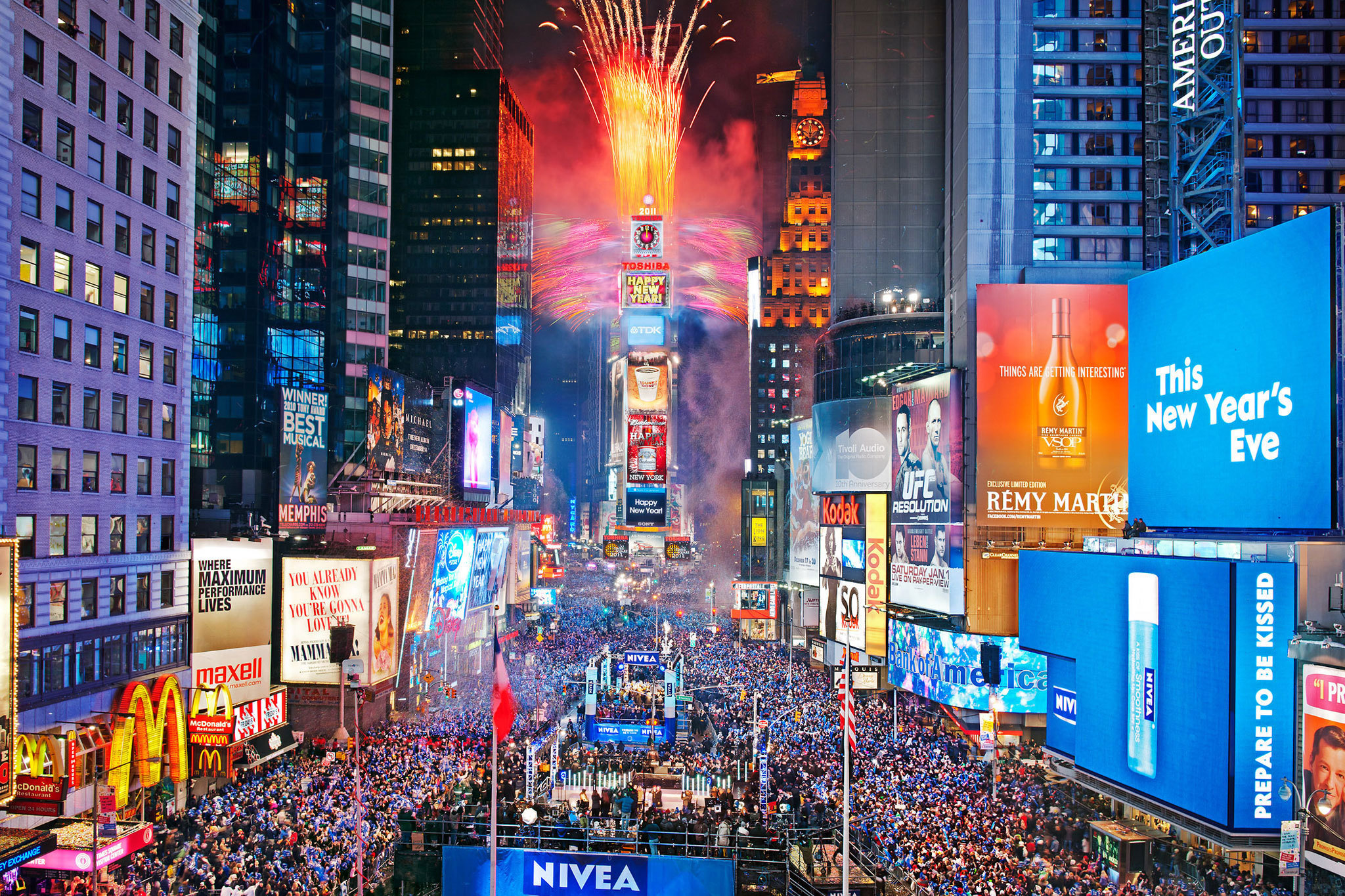Here's the performance lineup for the Times Square New Year's Eve celebration
