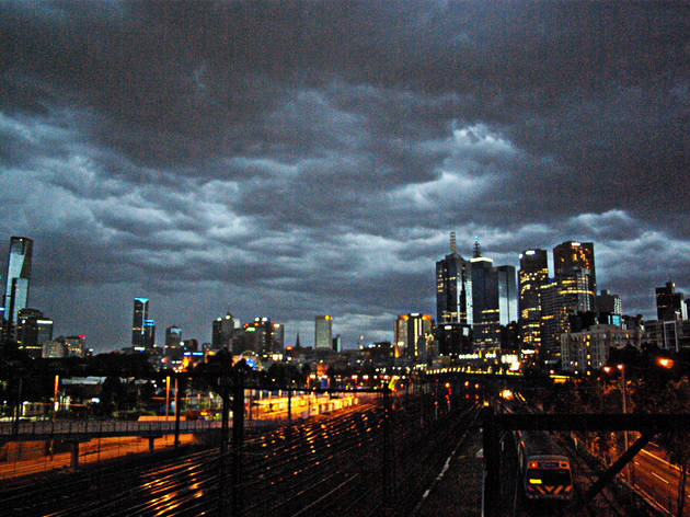 There is a new thunderstorm asthma warning for this weekend in Melbourne