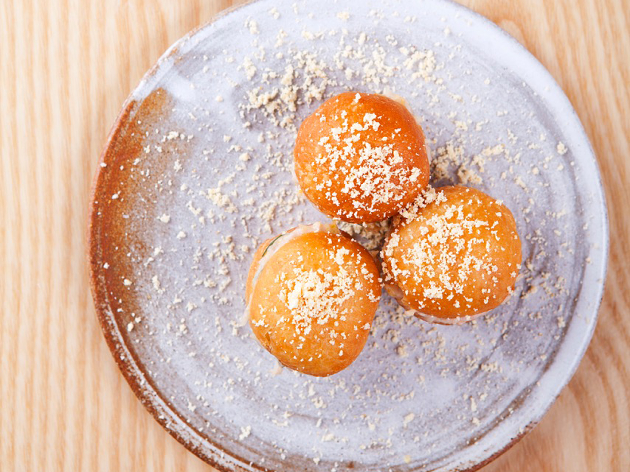 best dishes in london, chiltern firehouse, crab doughnuts