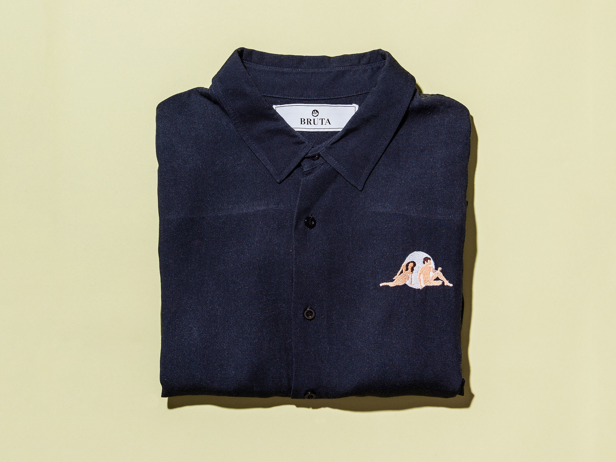 Amor shirt by Bruta