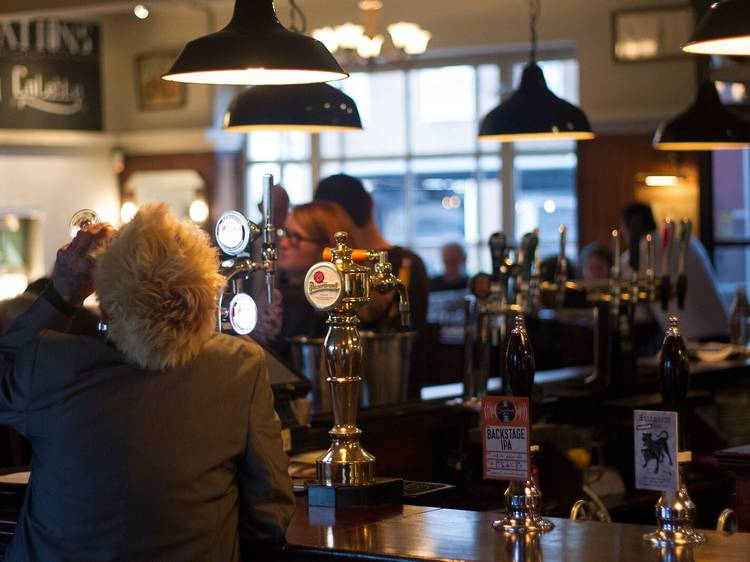 The Crooked Billet, Clapton