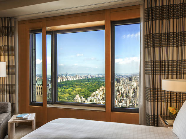Best hotels with breathtaking views for a nyc vacation for Best new construction windows