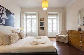 Janelas Verdes Apartment | RentExperience