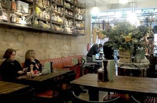 Biglove Caffè (Biglove Caffè ©ZT)