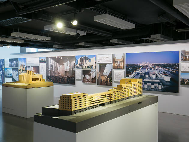 Rafael Moneo: A Theoretical Reflection from the Professional Practice