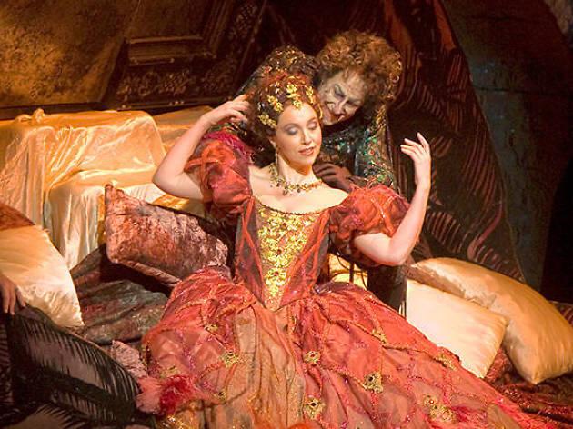 Royal Opera House Gösterimleri