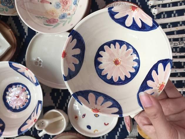 Ceramic Floral Painting Workshop by Treerachin