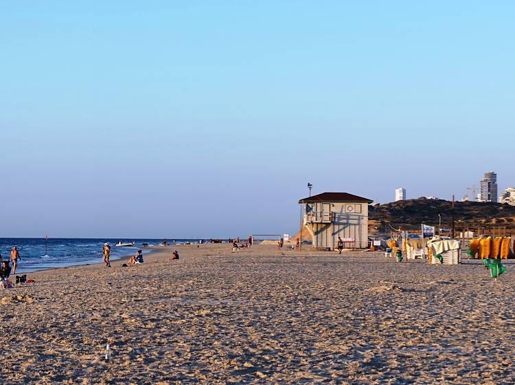 Пляж Poleg