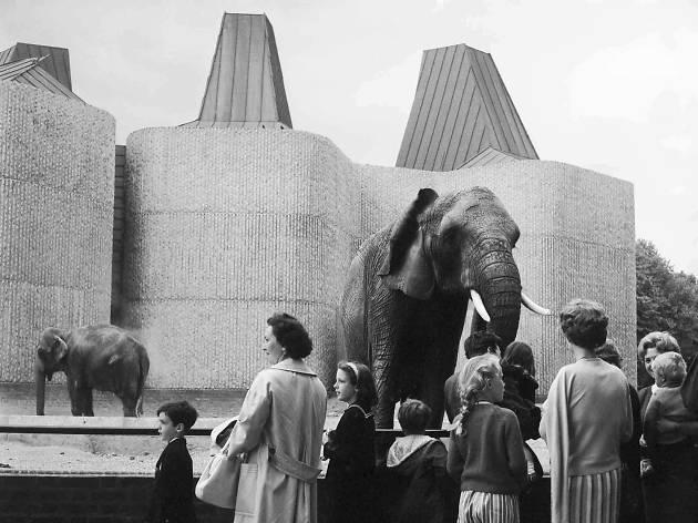 Casson Pavilion - Ten iconic London designs