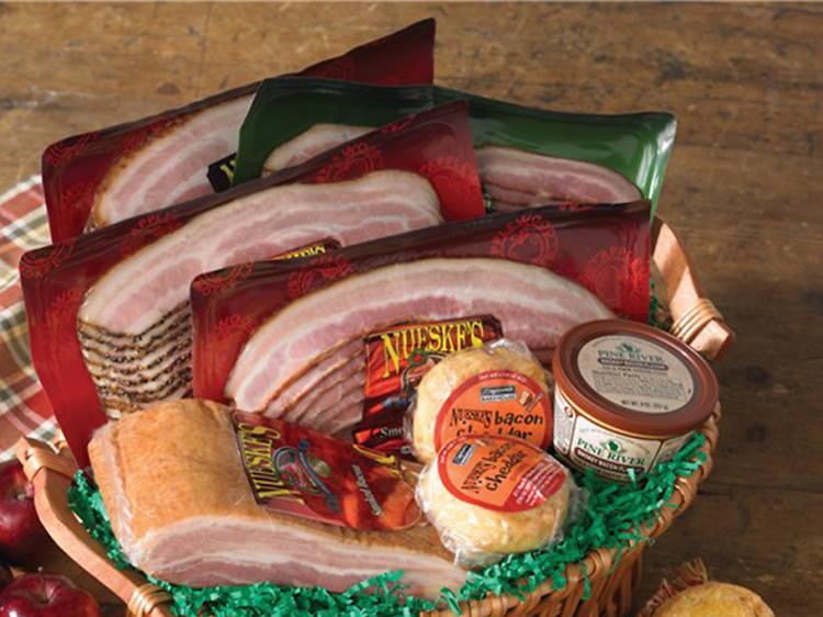 Nueske's Bacon Lover's Gift Basket