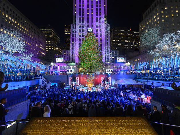 The 2016 Rockefeller Christmas Tree Lighting is happening tonight and hereu0027s what you need to know & 2016 Rockefeller Christmas Tree Lighting is happening tonight and ... azcodes.com