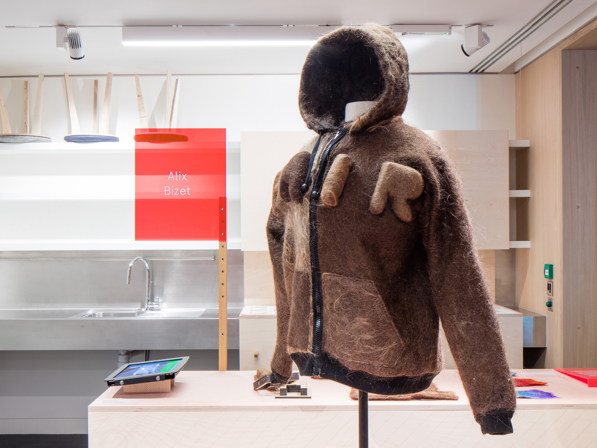 Hair hoodie - Alix Bizet - Design Museum