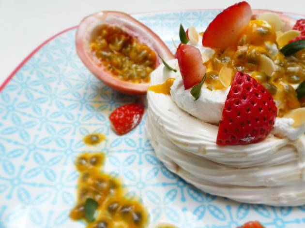 Pavlova at Scarlett Wine Bar and Café Hong Kong