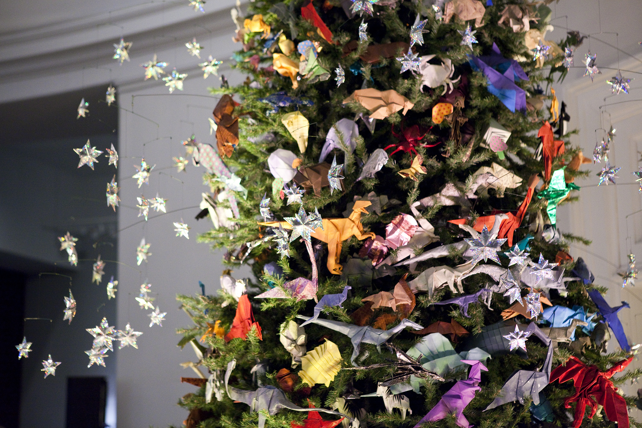 American Museum of Natural History's Holiday Origami Tree