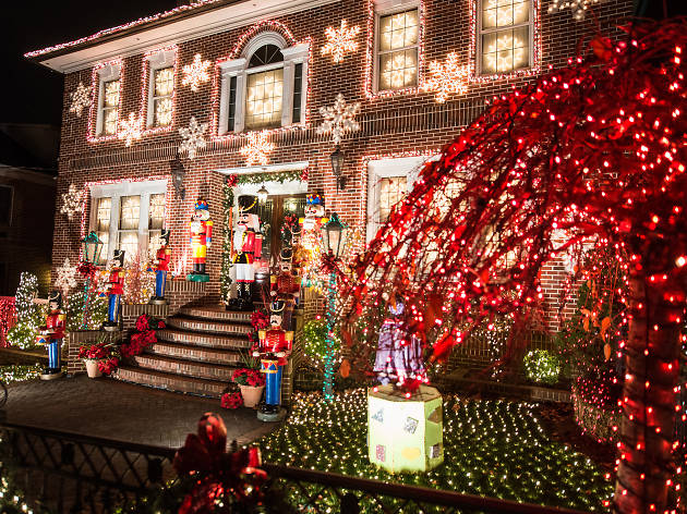 Where to see holiday lights in NYC