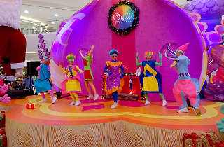 Trolls Christmas Party at Quill City Mall