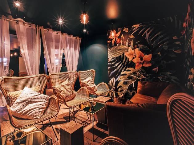 L 39 echapp e belle restaurants roquette paris for Le jardin secret chicha