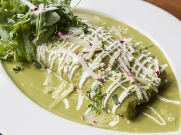 Green chicken tamal at 5 Rabanitos