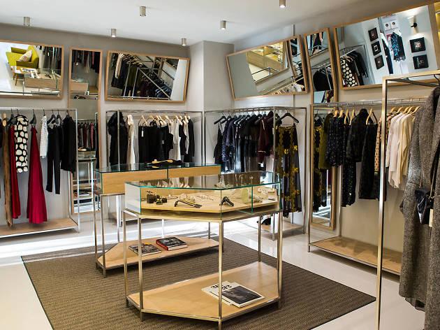 Başak Dizer Tatlıtuğ ve Deniz Marşan'ın yeni mağazası Room + Rumours.