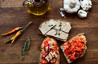 Aida - Vino e Cucina bruschetta üçlüsü