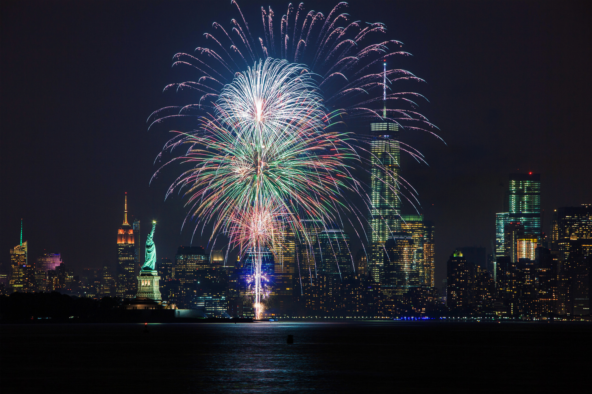 The best Fourth of July fireworks cruises in NYC