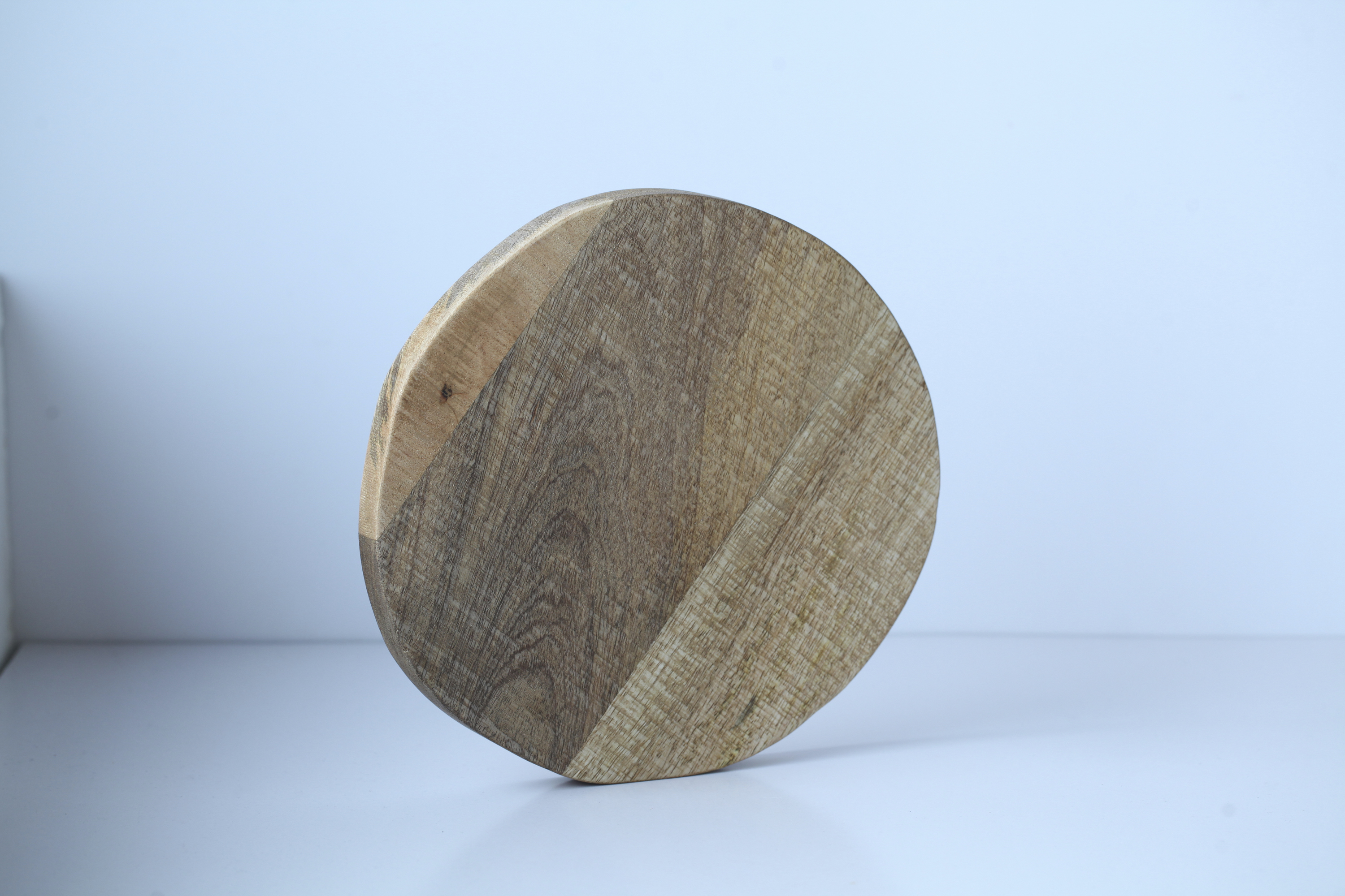 H&M Home wooden chopping board