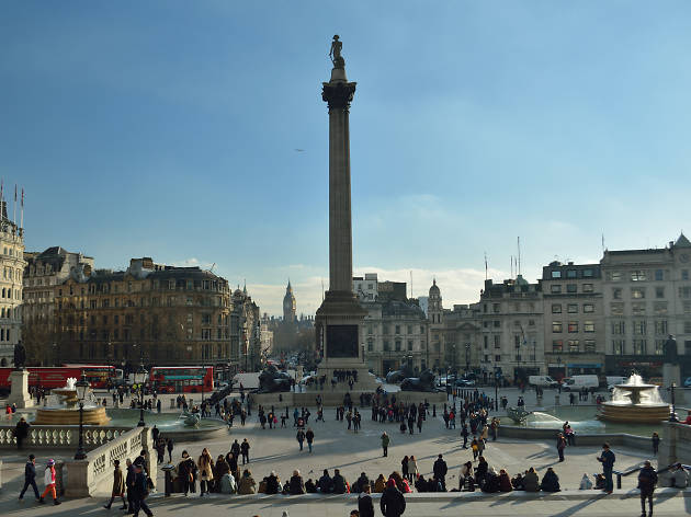 Visiting Trafalgar Square on Christmas Eve