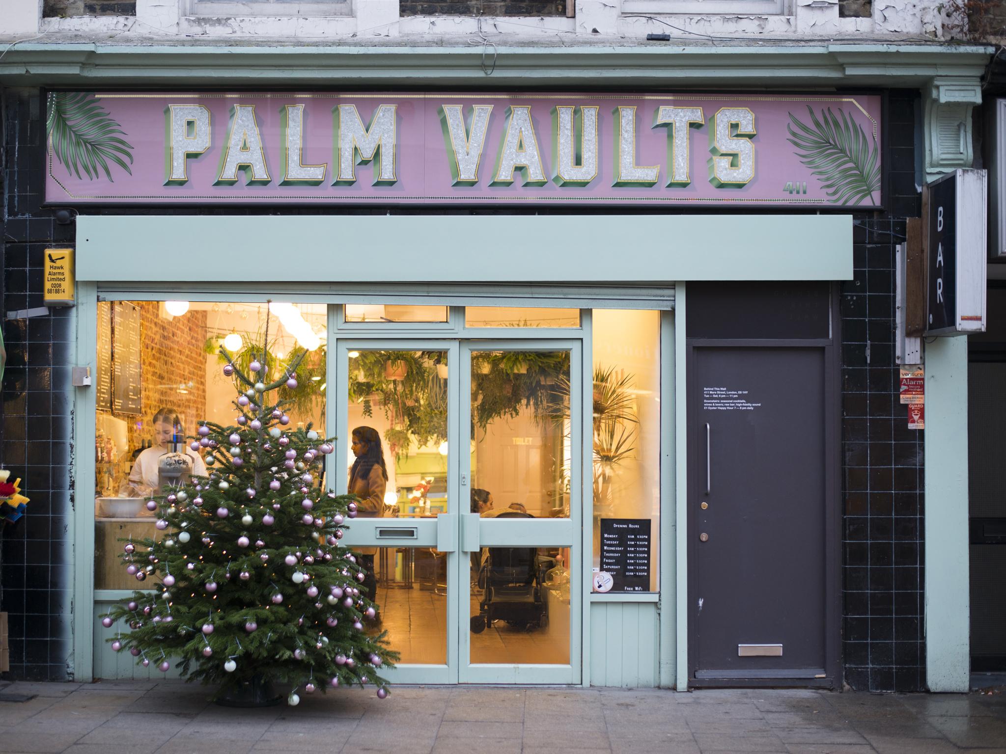 Palm Vaults
