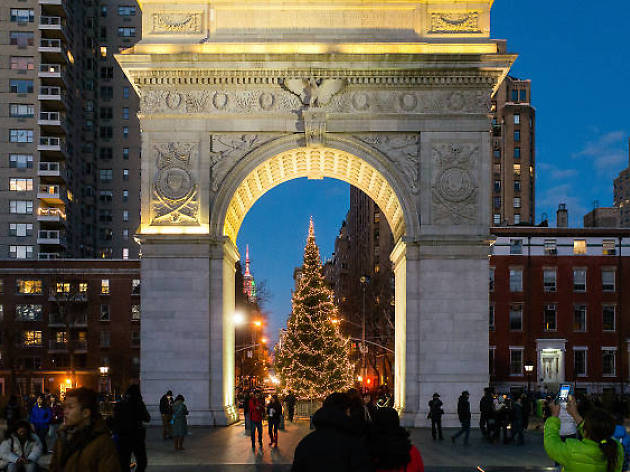 Christmas Eve In Washington.Christmas Eve Caroling At Washington Square Park Things To Do In