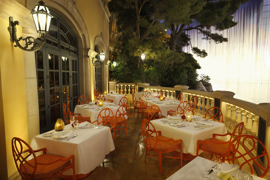 The 15 most romantic restaurants in Las Vegas