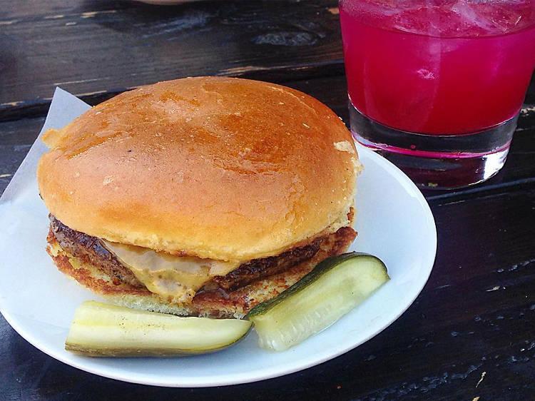 Single Burger at Everson Royce Bar