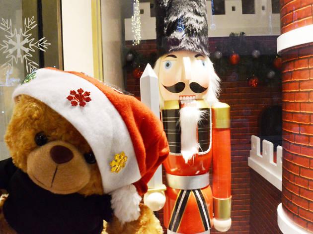 Christmas selfie spot - Wisma Atria