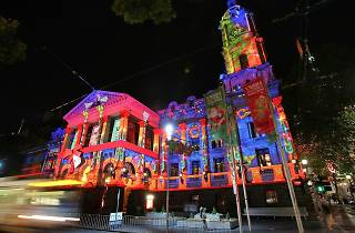 Melbourne Town Hall light up for Christmas