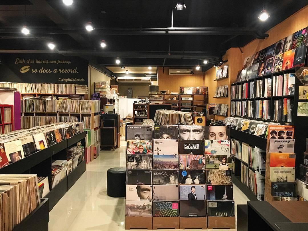 Vinyl Die Hards ร้านแผ่นเสียง