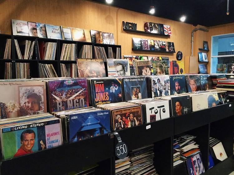 10 ร้านแผ่นเสียงน่าโดนในกรุงเทพฯ