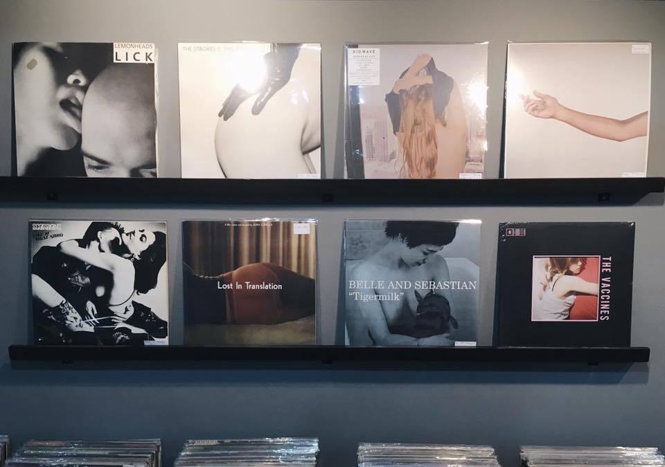 Garage Records ร้านแผ่นเสียง