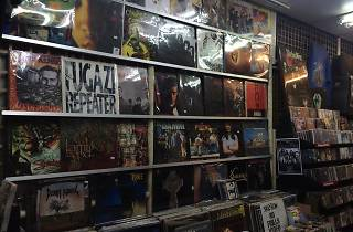 Heaven & Hell Record Shop 04