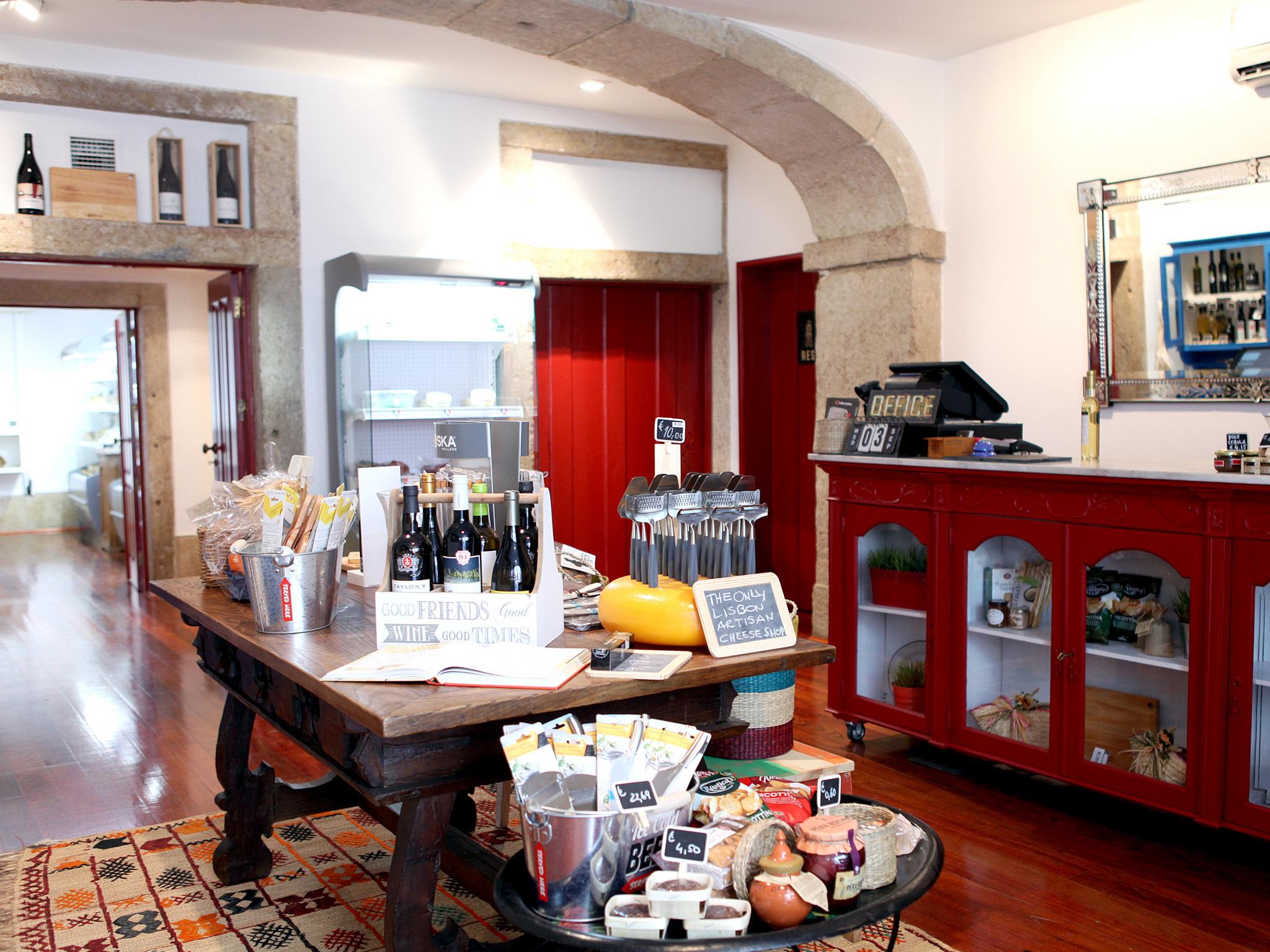 Queijaria – Cheese Shop & Bar
