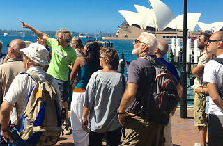 People on a free walking tour in Circular Quay