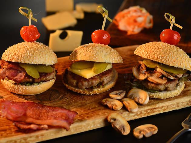 Mini wagyu beef burgers