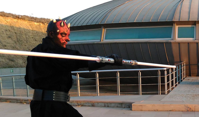Ertuğrul Alphan / Barmen, Kılıç eğitmeni - Darth Maul
