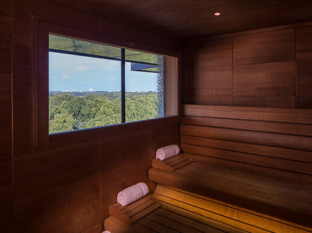 Four seasons spa sauna