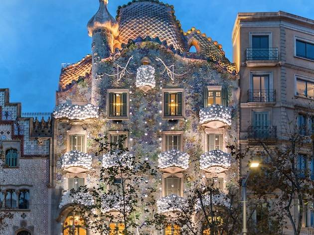 Christmas 2016: Snow at Casa Batlló