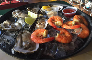 Deckhand Oyster Bar