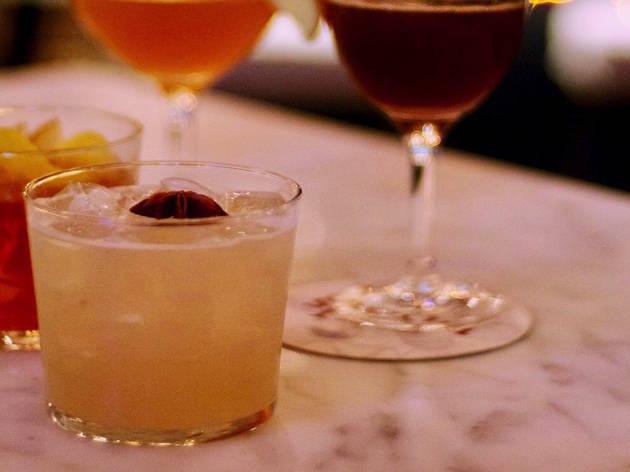 Spoon Table & Bar
