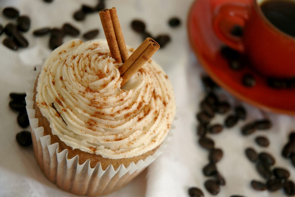 Mud Pie Vegan Bakery & Coffeehouse