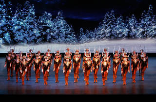 Christmas Music On Radio 2019.How To Get Radio City Christmas Spectacular 2019 Tickets Easily