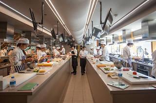 Gençler İçin Profesyonel Mutfağa Hazırlık