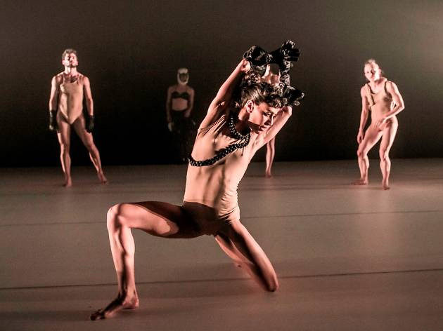 Contemporary Body Performance Art